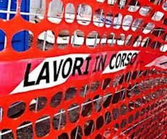 Cantieri aperti in via Monte Conero
