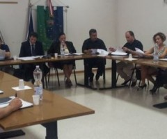 L'amministrazione Luciani si difende dalle accuse dell'opposizione su bilancio di previsione