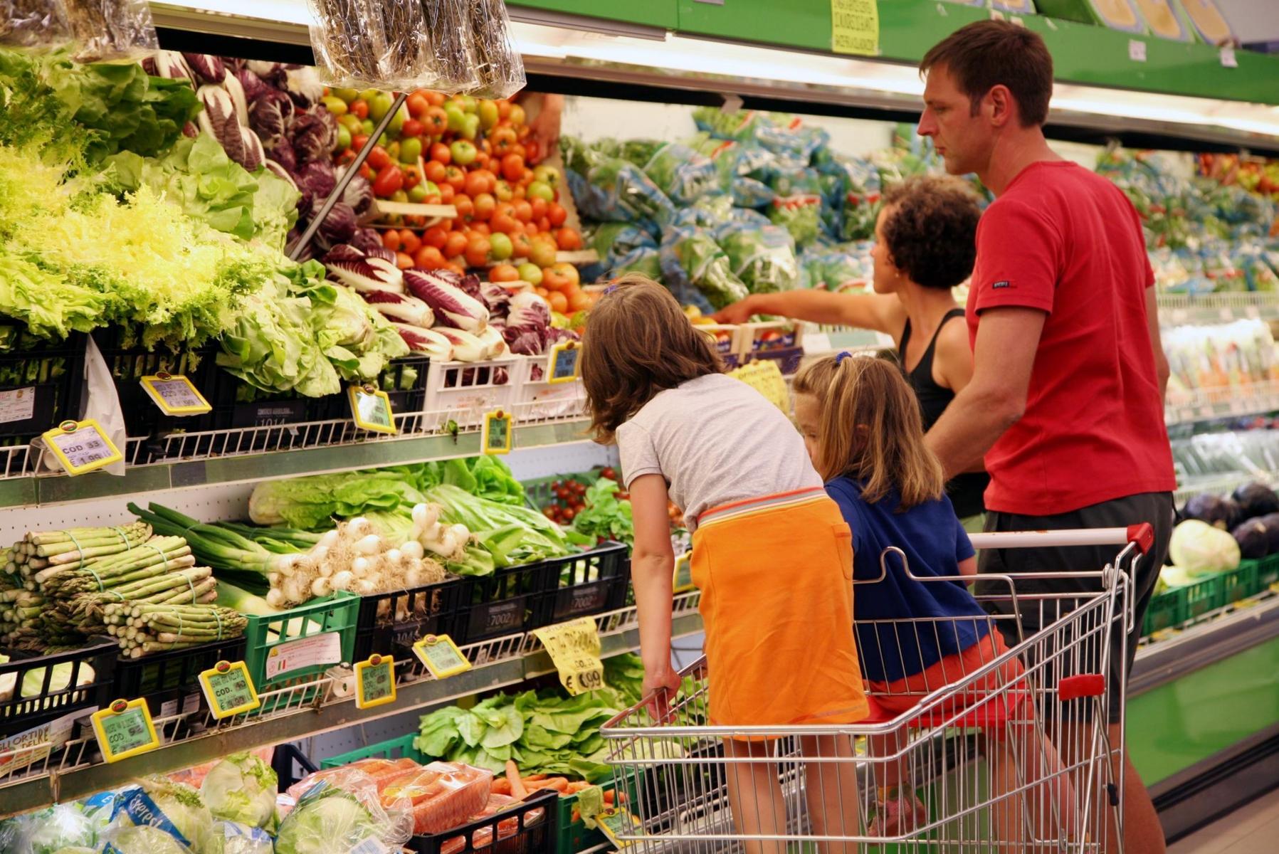 Marche cresce la spesa delle famiglie prima pagina online for Spesa per oneri di sistema
