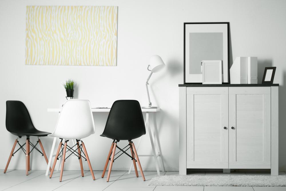 Sedie di design per arredare la casa prima pagina online for Siti per arredare casa online