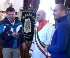 Sindaco con_congreganti_Mauro_Moret