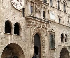 palazzo dei_capitani