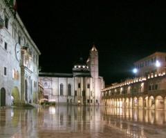 Piazza del popolo di notte