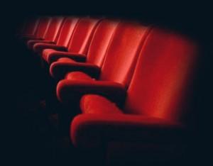 Poltrone teatro prima pagina online for Poltrone teatro