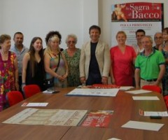 Presentazione della Sagra di Bacco alla presenza del sindaco, assessori e rappresentanti delle associazioni