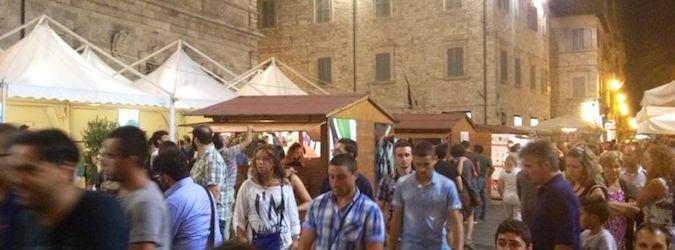 Turisti ad Ascoliva Festival