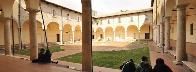 Cinema sotto le stelle al chiostro Sant'Agostino