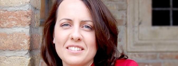Enrica Pieragostini del partito democratico analizza la situazione politica a Castel di Lama