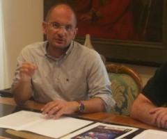 Conferenza stampa di presentazione dello spettacolo di Renzo Arbore