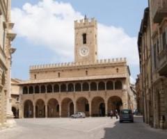 Le attività del centro storico di Offida avranno la Tosap azzerata