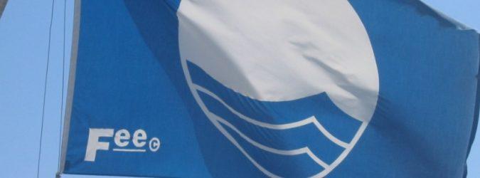 Bandiera blu - marche in blu