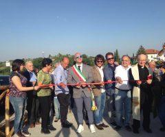 inaugurazione centro socio-ricreativo del quartiere