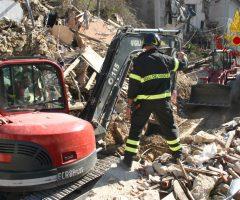 terremoto vigili del fuoco tempietto ottagonale