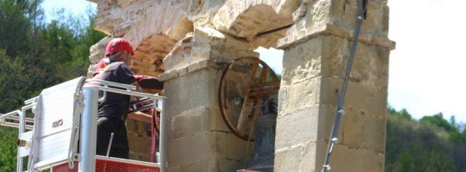 vigili del fuoco campane chiesa di tufo