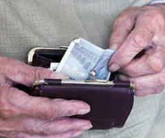 pensionati marche poveri