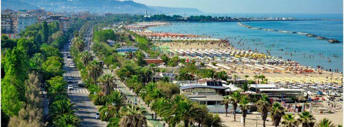 La-riviera-delle-palme-mare-più-bello