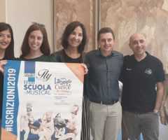 Ascoli Piceno, Scuola di Musical Fly Communications