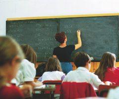 Stipendio insegnanti Italia