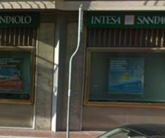 Ascoli Piceno. chiusura Intesa San Paolo