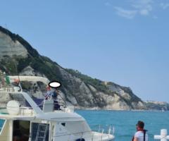 ancona salvati da guardia costiera